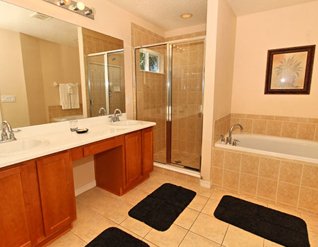 West Haven villa bathroom
